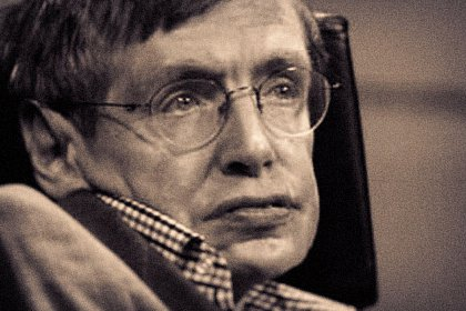 "A murit Stephen Hawking, a cărui viață uimitoare a inspirat filmul ""The Theory or Everything"""